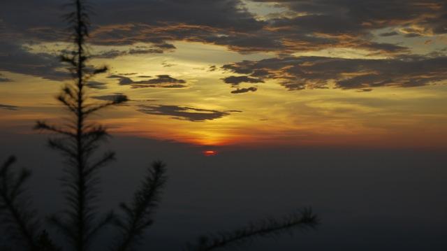富士山夜明け2013 08 23 05 03 32